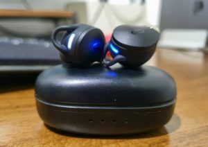 Emparejar los auriculares Bluetooth de Taotronics…